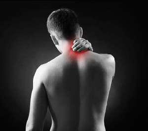 polezno-li-plavanie-pri-shejnom-osteohondroze