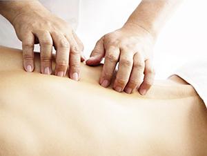 Цели массажа при межпозвоночной грыже